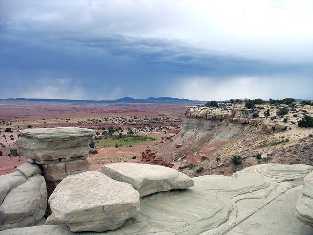 desert stone photo